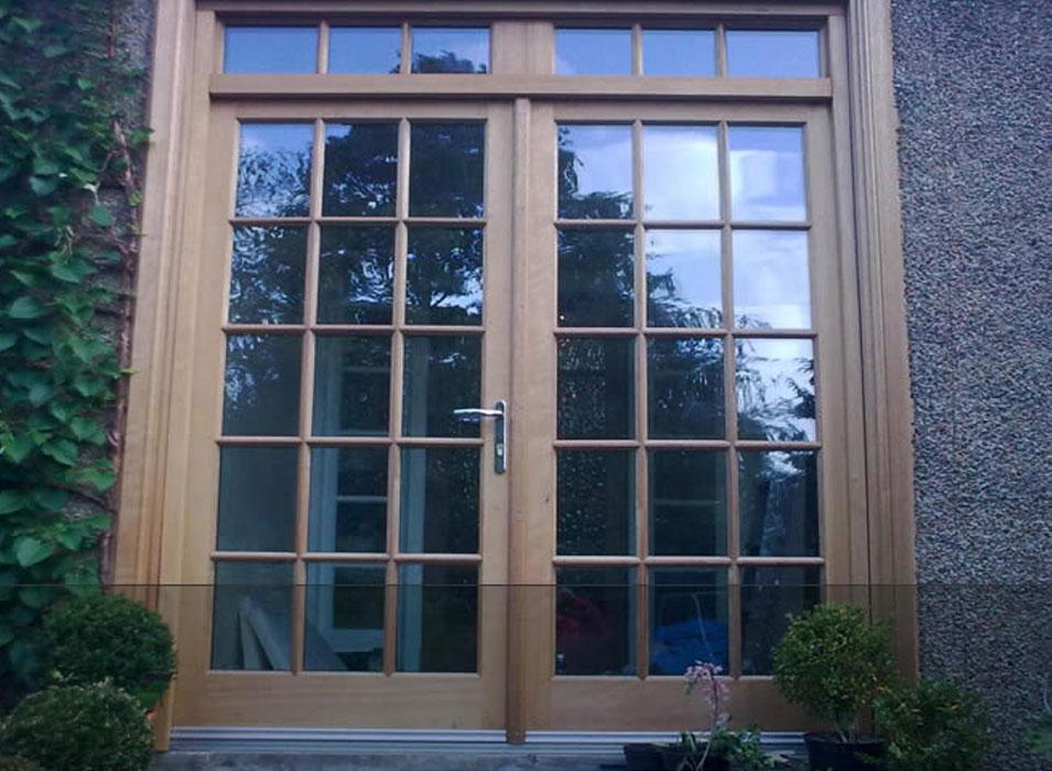 Edinburgh 39 s premium bi fold doors illingworth brothers for Upvc french doors scotland